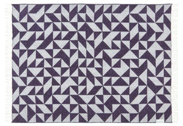Plaid - 130 x 190 cm, mørkelilla-lilla. Design: twist a twill.-716