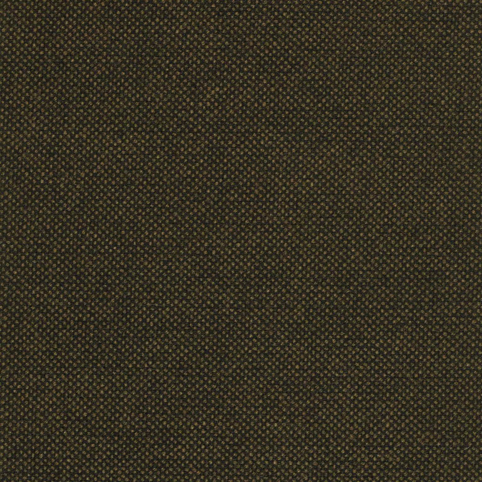 mørkebrun-sort malange hallingdal 65-0